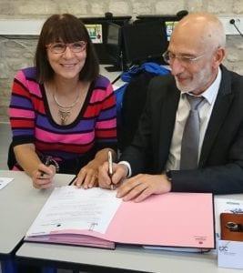 Signature convention de partenariat entre l'E2C Vienne & Deux-Sèvres et Territoria