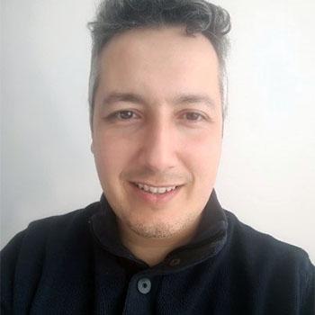 Samy ZEGHLACHE, formateur en techniques de recherche d'emploi et chargé de relations entreprise pour l'E2C Val-d'Oise